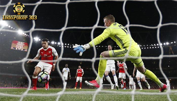Arsenal Gulung Sunderland Di Emirates Stadium